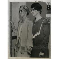 1933 Press Photo Magdalene & Catherine Strang of Windsor, Canada Orphanage