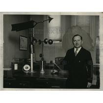 1928 Press Photo William C. Haines of U.S. Weather Bureau in Washington D.C.