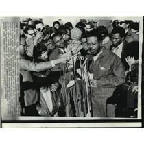 1969 Press Photo Reverend Ralph Abernathy after being release from jail on bond