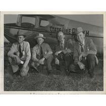 1954 Press Photo Flying Farmers pose besif=de their planes - spa69175