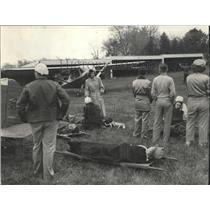 1950 Press Photo The civil air patrol tried out disaster evacuation, Brown Deer