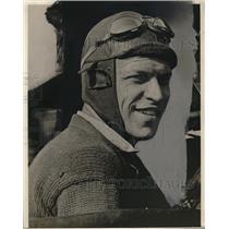 1927 Press Photo Lieutenant Lester J. Maitland - neo13292