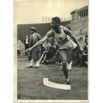 1930 Press Photo Harlow Rothert of Stanford breaks Shot Put record, IC4A Meet