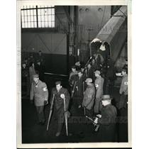 1945 Press Photo New York Patients walk gangplank to American Soil NYC