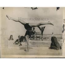 1928 Press Photo Lillian Lucas of Chicago at Roney Plaza Hotel Miami Beach Fla