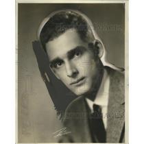 1927 Press Photo GC Arnoux with KTHS radio station - neo15072
