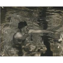 1914 Press Photo Swimmer Max Mott - neo15572