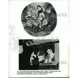 1937 Press Photo Scenes from Snow White and the Seven Dwarfs from Walt Disney.