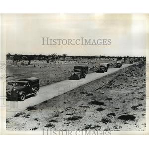 1942 Press Photo Army Trucks roll down Burma Road in Australia - nem51743