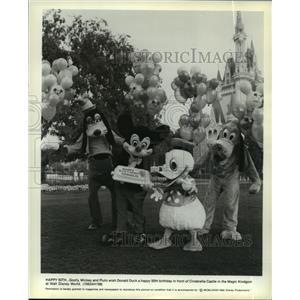 1983 Press Photo Goofy, Mickey, Pluto and Donald Duck at Walt Disney World.