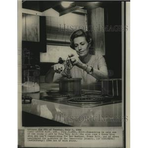 1966 Press Photo Mary Holt, wife of Frank Holt, candidate for governor of AR