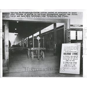 1900 Press Photo Pittsburgh Lake Erie Railroad Strikes - RRV67163