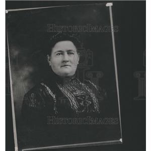 1912 Press Photo Mrs Louis Lindloff Golden Chicago Black Dress - RSC01683