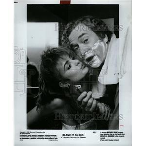 1984 Press Photo Michael Caine Johnson Blame It on Rio - RRW27585