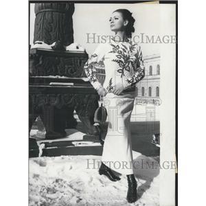1966 Press Photo New fashion-style