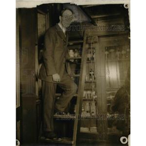 1916 Press Photo John M. Harsh, teacher of Commerce High