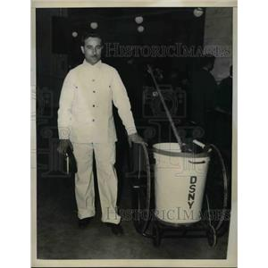 1935 Press Photo Joseph Rogato, Polished Floor and Singer Waldorf Astoria Hotel