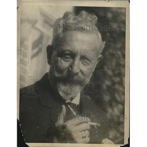 1922 Press Photo Emperor William Interned In Doorn, Netherlands - nea68006