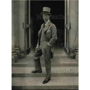 1923 Press Photo International News Agency Chairman Roderick Jones Visiting