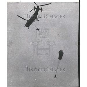 1967 Press Photo Parachute Helicopter - RRT01475