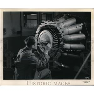 1948 Press Photo jet engine blade test at NACA Aircraft Research Lab