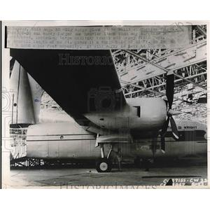 1947 Press Photo CW-32 Big Cargo Airplane plane built at Curtiss Wright.