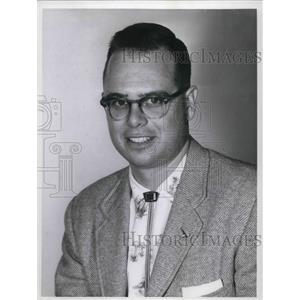 1958 Press Photo Roy W.Adams from Rocky River Drive Berea Community.