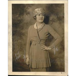 """1920 Press Photo Actress Evelyn Gosnell of """"Ladies Night"""""""