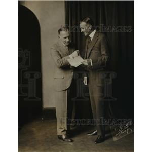 1918 Press Photo Norman Trevor and Cyril Harcourt in A Place In The Sun comedy