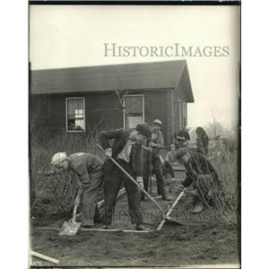 1919 Press Photo Boys laying sidewalks at Mooseheart Illinois