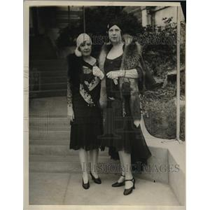 1929 Press Photo Mrs. Oscar Sabass and Mrs. Reed Albee at Central Park Casino
