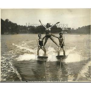 1931 Press Photo Martin Keally, Jo Lamberti and Harold Care aquaplaning in