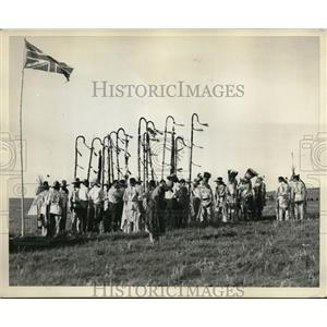 1930 Press Photo Horns Society of Native Americans at ceremony