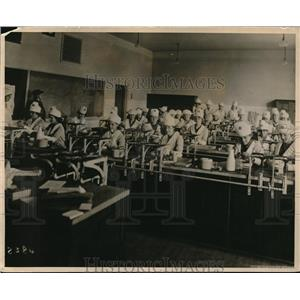 1918 Press Photo Girl Scout to Assist in Saving Food demonstrations