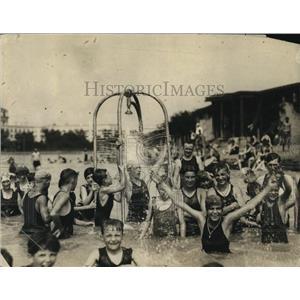 1922 Press Photo Washington Bathing Beach needle bathe erected at the Beach