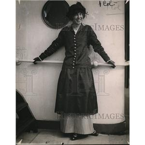 1915 Press Photo Miss Edna Bryan