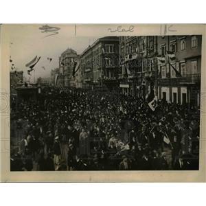 1919 Press Photo Italian demonstration in Viene