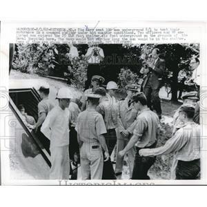 1962 Press Photo The Navy sent men underground to test their endurance in a