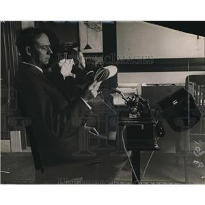 1911 Press Photo Edwin M Williams at his office