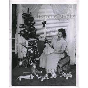 1950 Press Photo Christmas Tree