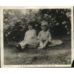 1918 Press Photo Ellen Wilson Meade & Norma Martin, Sec of Treas relatives