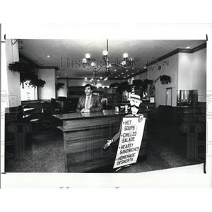 1988 Press Photo Richard Ream