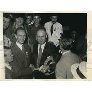 1932 Press Photo James Roosevelt and James Farley at Democratic Convention
