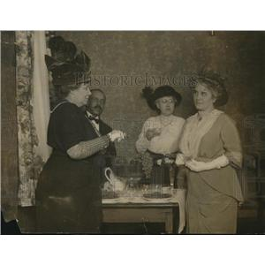 1914 Press Photo Mrs Edwin Harris, Mrs Helen Townsend, Mrs A.K. Harris