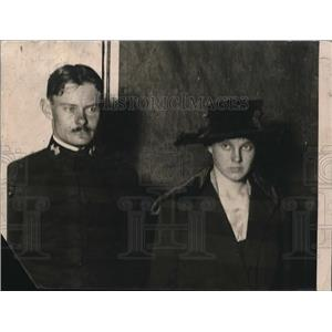 1910 Press Photo Margaret Carnegie & fiance Ensign Roswell Miller