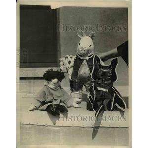 1922 Press Photo Novel toy dolls made by Gene Gray on display in NY