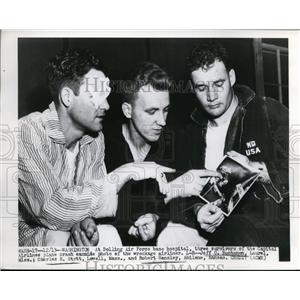 1949 Press Photo 3 Survivors Of The Capital Airlines Plane Crash - nee59707