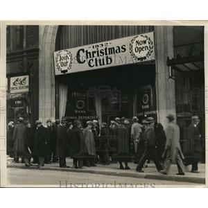 1931 Press Photo Federal National Bank Closed in Boston Massachusetts