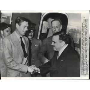 1941 Wire Photo Mayor LaGuardia Greeted the Duke of Kent in New York - cvw09492