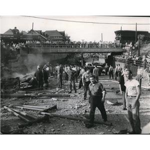 1954 Press Photo Explosion on West 117th St., looked like this north of Berea Rd